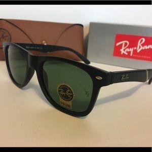 Black plank framed Ray Ban sunglasses